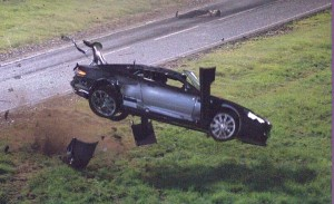 crash-aston-martin-dbs-007