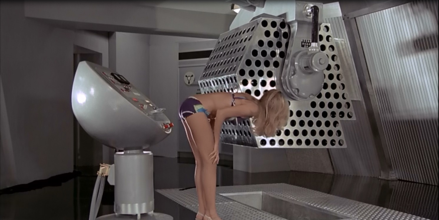JAMES BOND 007 - SPY CARDS - COMMON CARD 175 - THE SOLEX AGITATOR ...