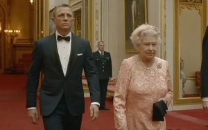 james-bond-and-the-queen-Copy