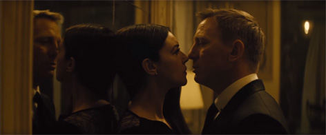 150610-spectre-tv-spot-usa-monica-bellucci-bond-2